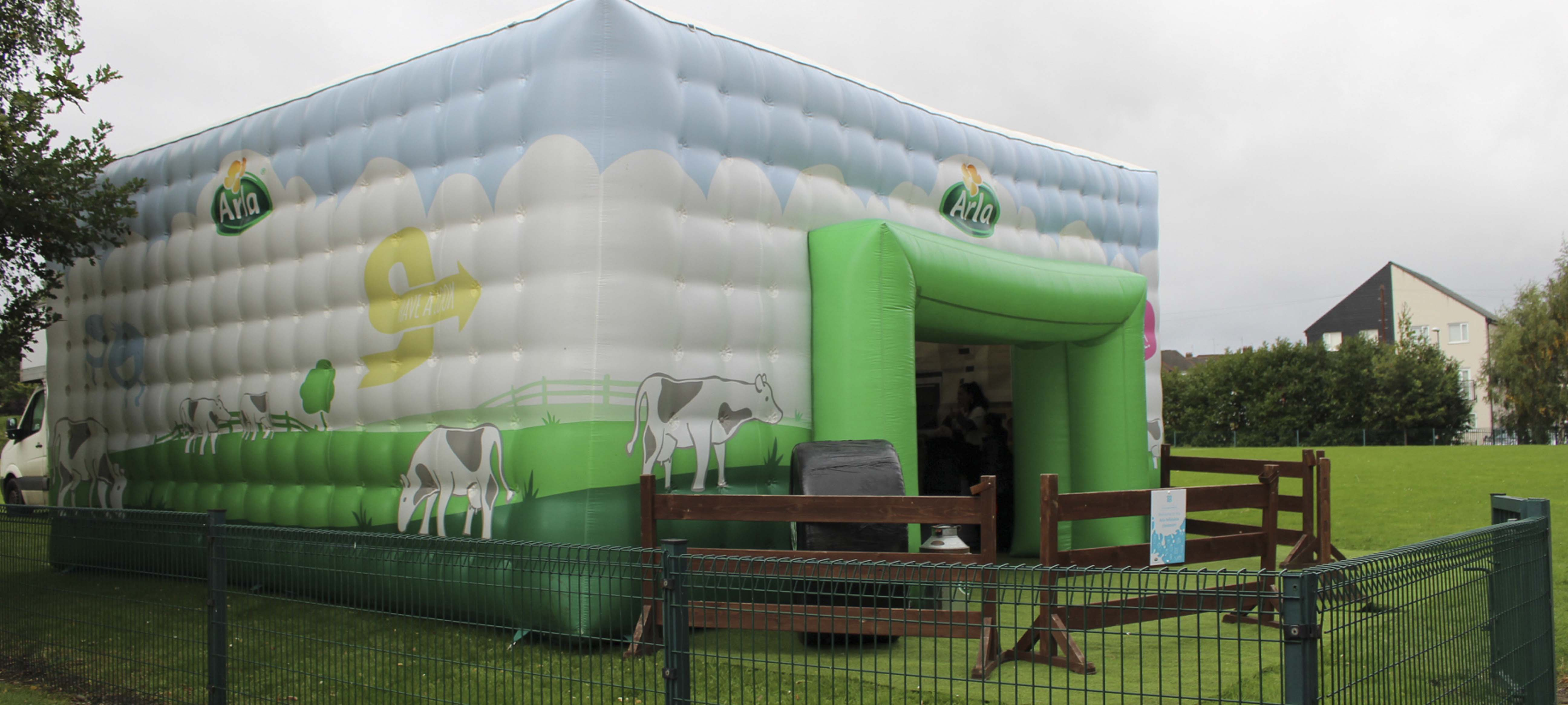 The Arla inflatable classroom comes to Oakwood